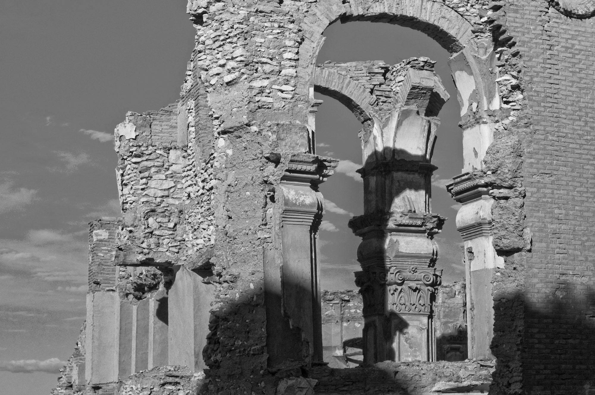 Ruinas del pueblo viejo de Belchite. Foto hecha por Sol Rincón Borobia, con Nikon D300S.