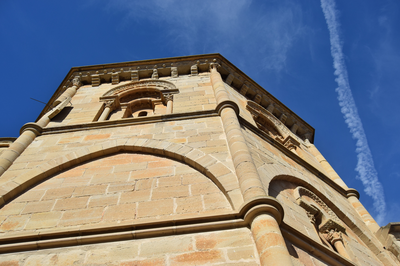 Torre de la iglesia del Santo Sepulcro.